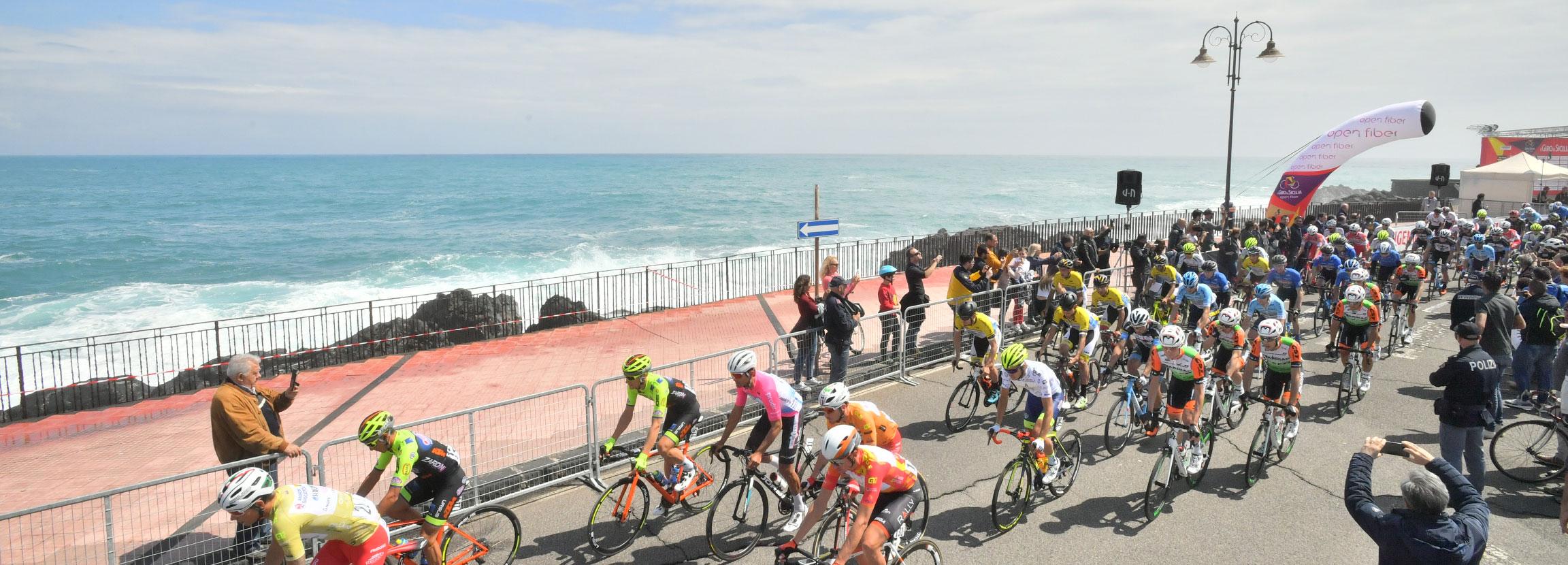 Ultima tappa de Il Giro di Sicilia Open Fiber 2019 con l'ascesa nel Parco Ciclistico dell'Etna
