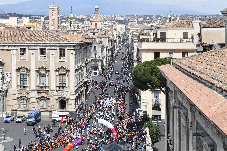 È partito Il Giro di Sicilia Open Fiber 2019