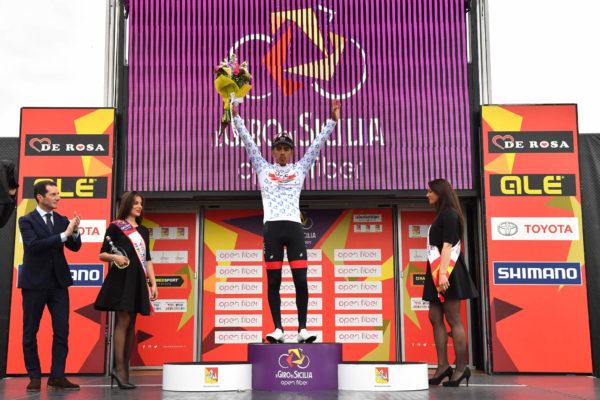 Foto LaPresse - Massimo Paolone4 Aprile 2019 Palermo (Italia)Sport CiclismoIl Giro di Sicilia 2019 - Tappa 2 - Da Capo D'Orlando a Palermo - km 236Nella foto: Juan Sebasti‡n Molano Benavides (UAE Team Emirates) durante la premiazionePhoto LaPresse - Massimo PaoloneApril 4, 2019 Palermo (Italy) Sport CyclingIl Giro di Sicilia - Stage 2 - From Capo D'Orlando to Palermo - 146,6 milesIn the pic: Juan Sebasti‡n Molano Benavides (UAE Team Emirates) during the ceremony award